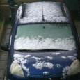 Сняг вали на много места в страната