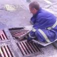Извънредно чистят уличните шахти, идва дъжд
