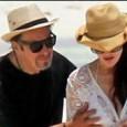 Пачино отбеляза рождения си ден с гадже на плажа