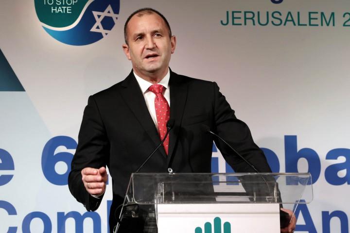 Държавният глава е на официално посещение в Израел по покана